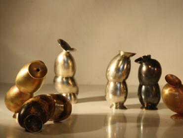 Eva Bauer contemporary art buy Silberschmiede Silbergerät Kunst in Silber Silber Trinale Goldschmiede Silberschmiede Silberschmied